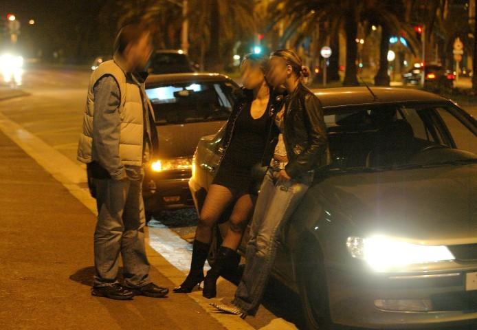 pár street hooker blondýnka
