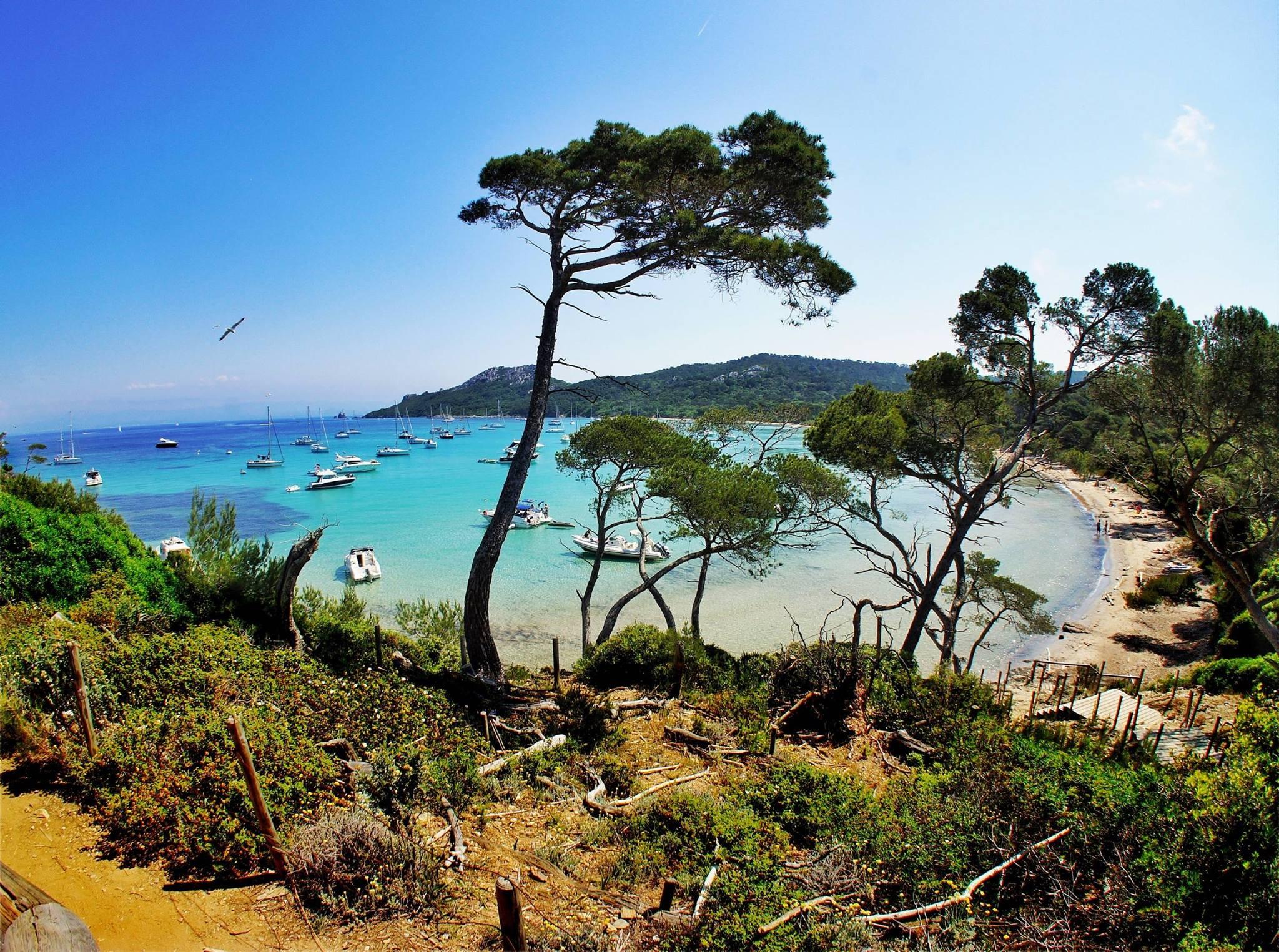Diapo ces 8 coins de paradis varois en bord de mer var - Office du tourisme ile de porquerolles ...