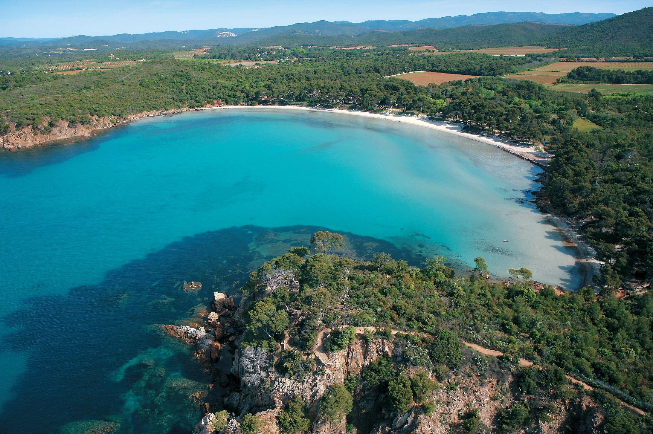 Diapo ces 8 coins de paradis varois en bord de mer nice - Office du tourisme bormes les mimosas ...