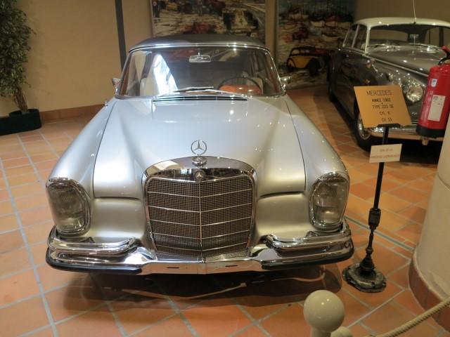 Photos ces voitures qui font la l gende de l 39 ouverture du for Garage mercedes monaco
