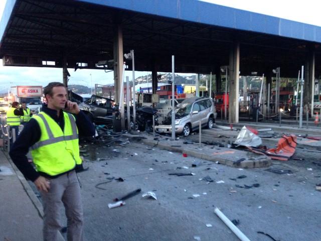 Un camion fou percute le péage Nice StIsidore un mort et